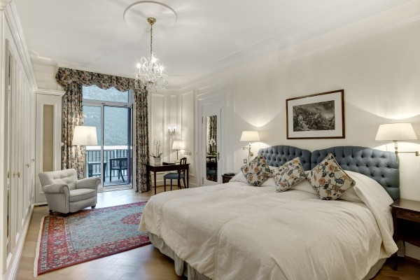 Room_Grand-Deluxe_Bed_209_L_01
