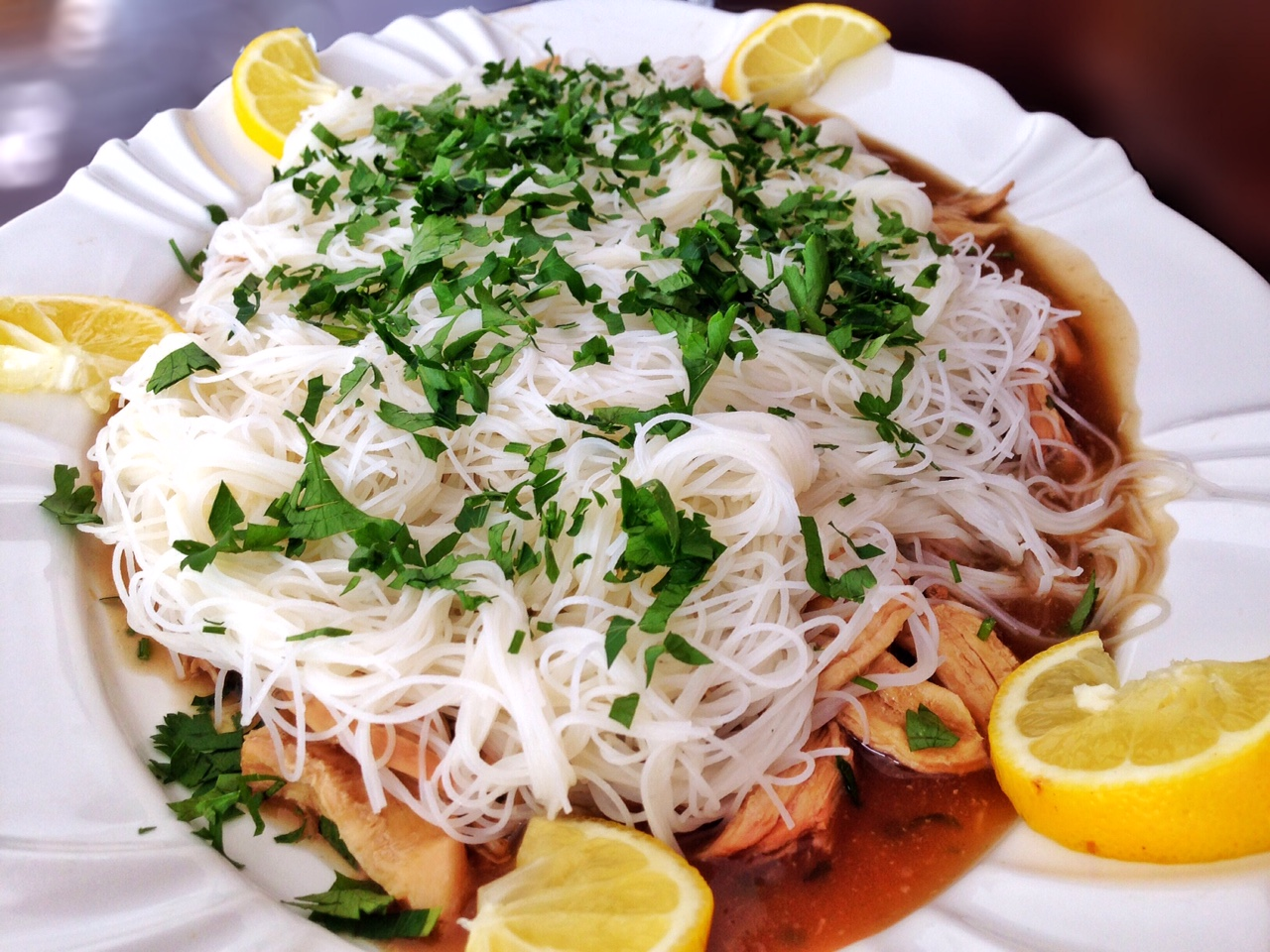 Bifum com frango ao molho Thai
